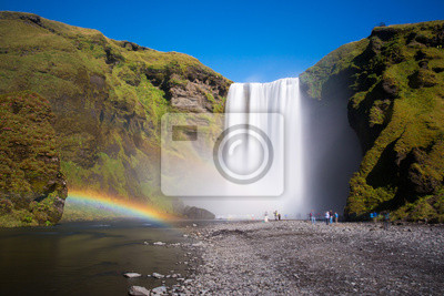 Skogafoss wodospad w Islandii, cud natury, krajobraz