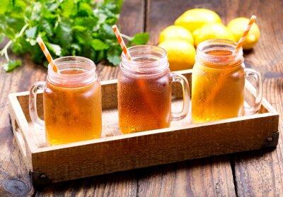 Obraz słoiki z cytryny ice tea
