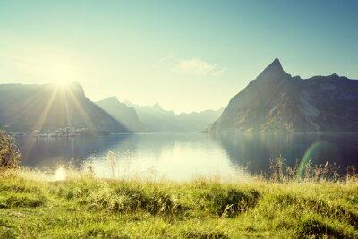 Obraz słońca w wysp Lofoty, Norwegia