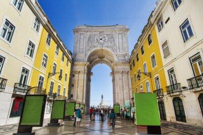 Obraz Słynny łuk ulicy Augusta znajduje się w Lizbonie