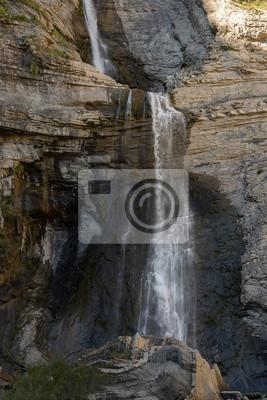 Sorrosal wodospad w Broto, Huesca, Hiszpania