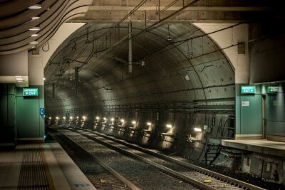 Obraz stacja kolejowa i tunel