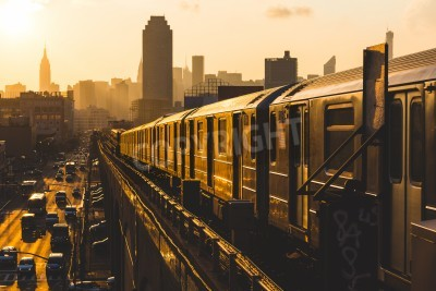 Obraz Stacja metra w Nowym Jorku o zachodzie słońca