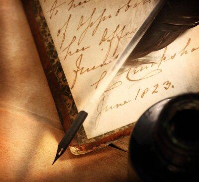 Obraz Stare książki z piór i inkpot