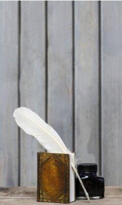 Obraz Starożytne pisarza desk - książka, pióro, atrament na drewniane Surfa surowca