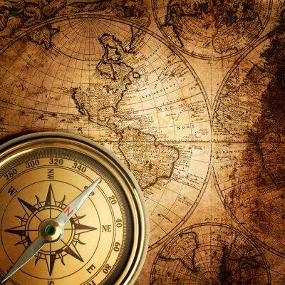 Obraz stary kompas na mapie rocznika 1746