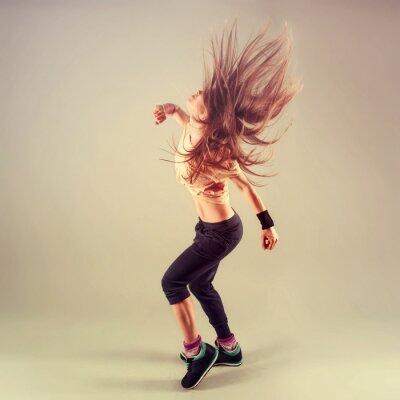 Obraz Studio strzelać aktywnych kobiet funk jazz tancerz w ruchu.