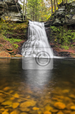 Sullivan Falls Reflection - gra stanu państw Pennsylvania Lands 13