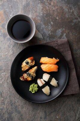 Obraz świeże sushi z rybą