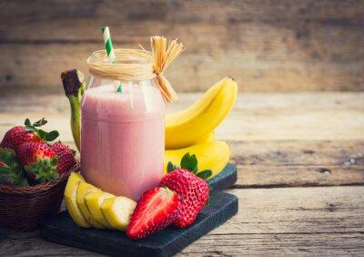 Obraz Świeże truskawki i banana smoothie