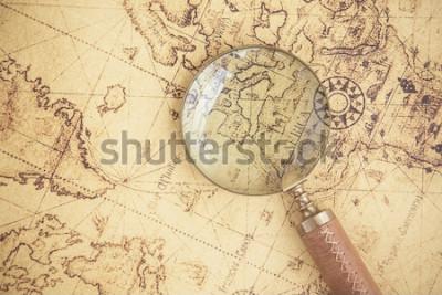 Obraz Szkło powiększające, mapy, finanse, biznes, turystyka, eksploracja