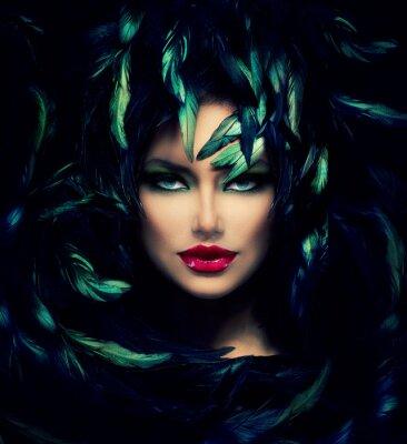 Obraz Tajemnicza kobieta, portret. Beautiful Woman model Zbliżenie twarzy
