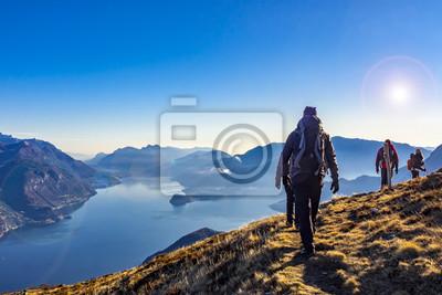 Obraz Trekking nad jeziorem Como