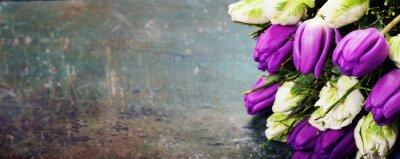 Obraz Tulipany na tle drewniane