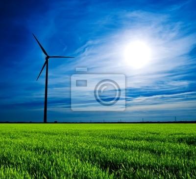 Turbina wiatrowa o zachodzie słońca