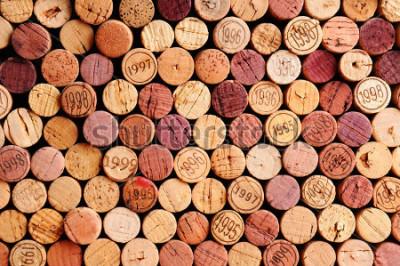 Obraz Uzyskaj ścianę Użyj wina korki. Losowy wybór używanych korków do wina, niektóre z grupy. Format poziomów, który wypełnia ramkę.