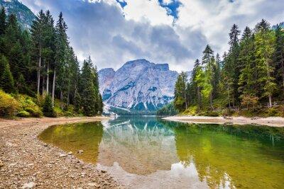 Walk around Lago di Braies