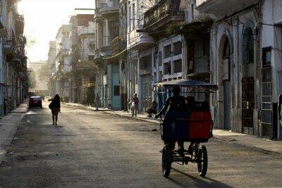 Obraz Wczesnym rankiem na ulicach Havana Vieja
