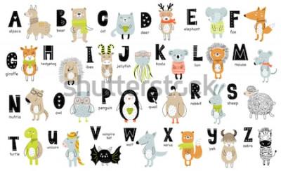 Obraz Wektor plakat z literami alfabetu ze zwierzętami kreskówek dla dzieci w stylu skandynawskim. Ręcznie rysowane grafiki zoo czcionki. Idealny do projektowania kart, etykiet, broszur, ulotek, stron, bane