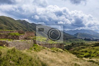 Widok Pakapukara ruiny w pobliżu Cusco, Peru