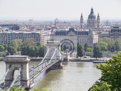 widok z pałacu królewskiego do Budapesztu