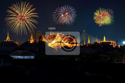 Wielki Pałac w Bangkoku z Fireworks