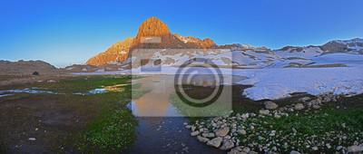 wiosna w mountains_panorama