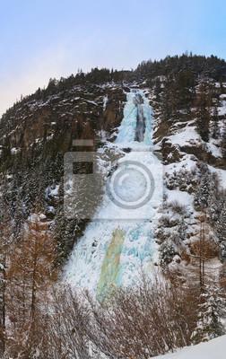 Wodospad Stuibenfall w Umhausen - Tyrol Austria