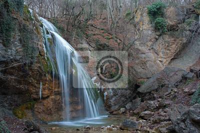 wodospad w górach Krymu