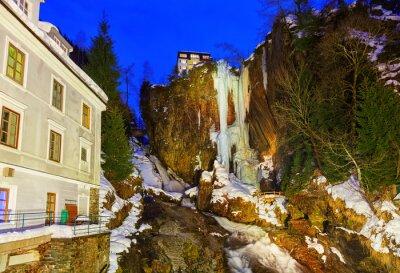 Wodospad w górach Ski Resort Bad Gastein Austria
