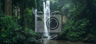 Obraz Wodospad Wodospad w przyrodzie podróżować mok Fah wodospad