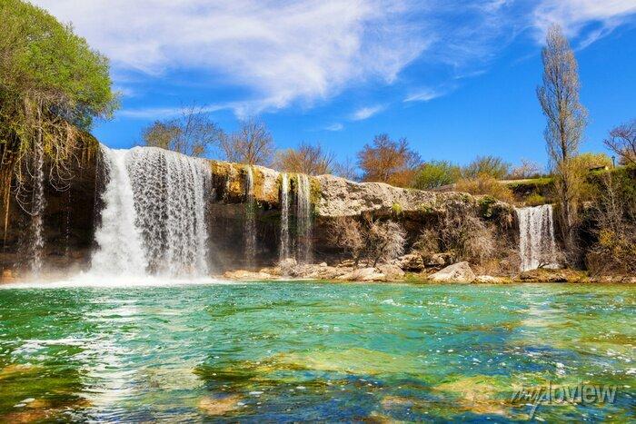 Obraz Wodospady Jerea rzeki w Pedrosa de Tobalina, w prowincji Burgos, Hiszpania