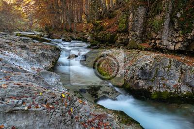 Wodospady w Ordesa i Monte Perdido National Park, Hiszpania