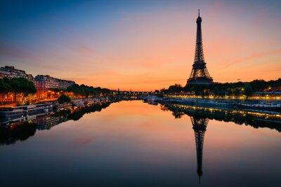 Obraz Wschód słońca na wieży Eiffla, Paryż