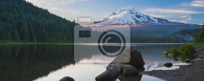 Obraz Wulkan góra Mt. Hood w stanie Oregon, USA.
