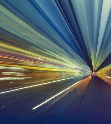 Obraz Wysoka prędkość koncepcji technologii poprzez jednotorowe Tokio