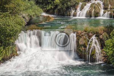 водопады в национальном парке КРКа
