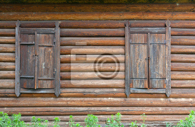 zamknięte stare okna