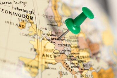 Obraz Zielony pin na mapie.