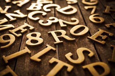 Obraz złotymi literami