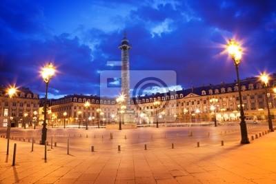 Znani Vendôme miejsce w nocy. Paryż Francja