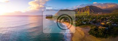 Plakat Antenowe panorama zachodniego wybrzeża Oahu, obszar plaży Papaoneone. Hawaje, USA