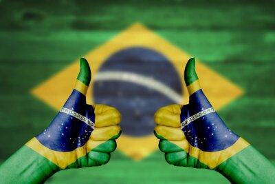 Plakat Brazylia flagi malowane na rękach kobiet kciuki w górę