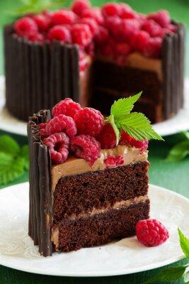 Plakat Ciasto czekoladowe z malinami.