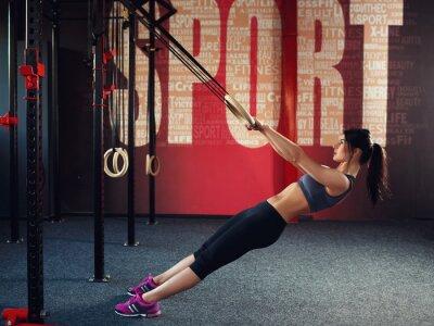 Plakat Crossfit treningu na pierścieniu