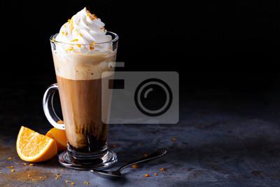 Plakat Gorąca wiedeńska kawa z bitą śmietaną