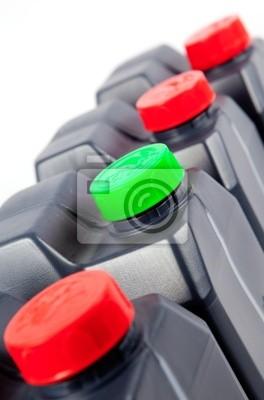 imagen industrial de Depósitos de plastico aislados en blanco