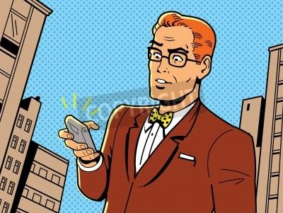 Plakat Ironiczny Ilustracja 1940 lub 1950 Retro mężczyzna w okularach, Muszka i nowoczesny smartfon
