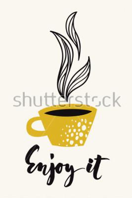 Plakat Jesień kaligrafii karta z filiżanką kawy lub herbaty. Ciesz się tekstem kaligraficznym. Abstract wektor. Kolorowy plakat lub karta dostępne dla każdego rodzaju nośników wydruku. Złoty kolor.