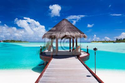 Plakat Jetty z widokiem na ocean na tropikalnej wyspie